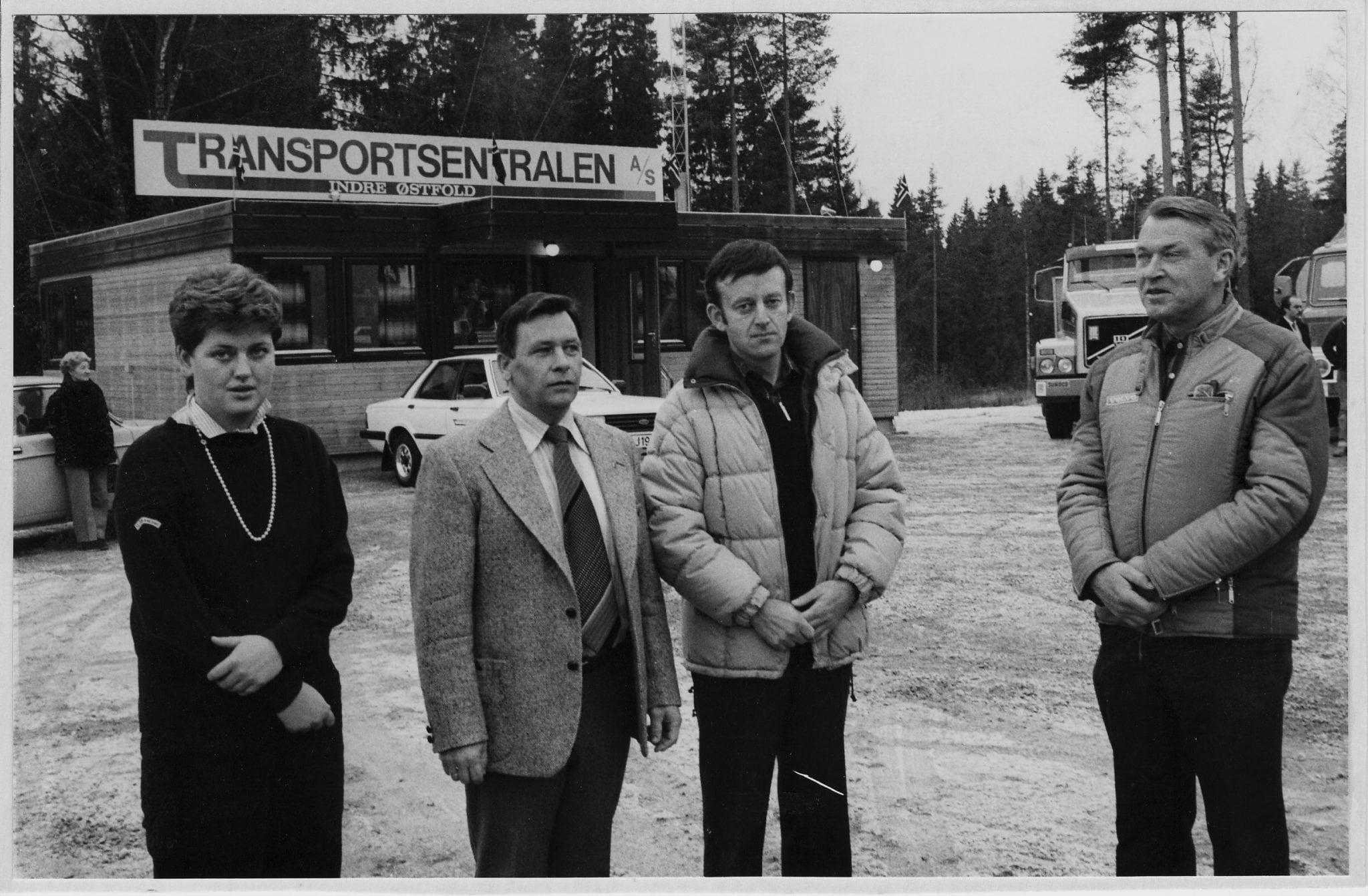 1982 åpningsbilde svart-hvitt